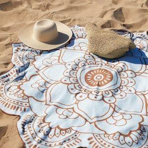 Vix Paula Hermany Lotus Towel